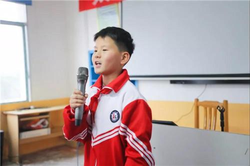 太阳神携手经销商伙伴捐赠的2020年第一家德邻书屋在湖南圆满落成